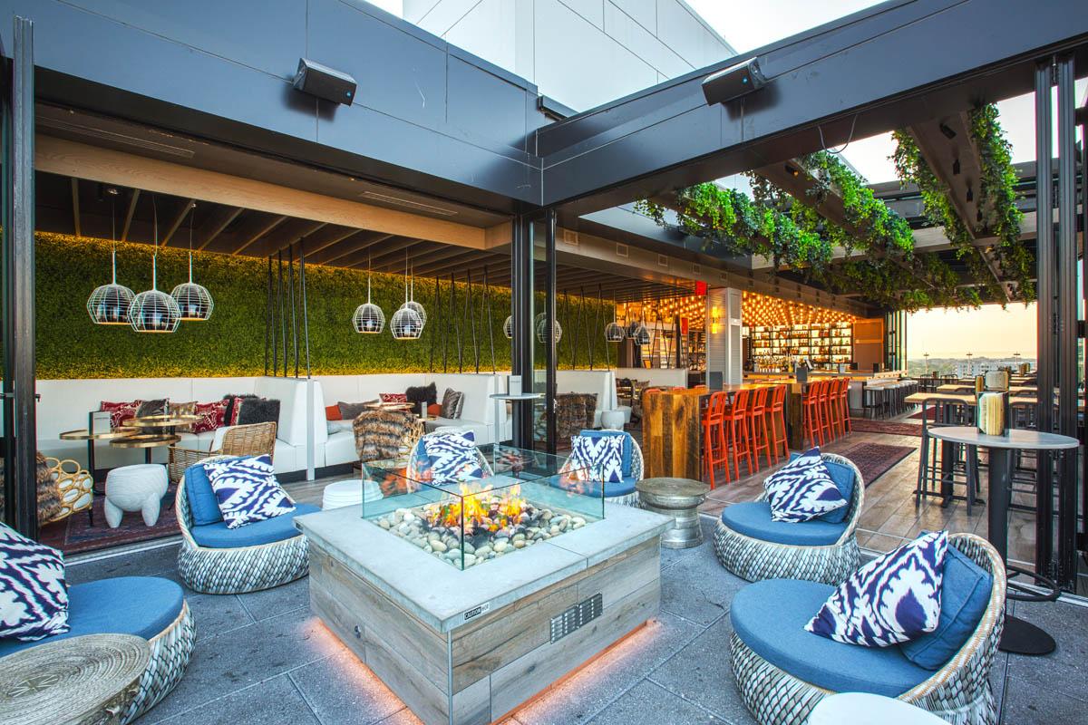 Lincoln Social patio